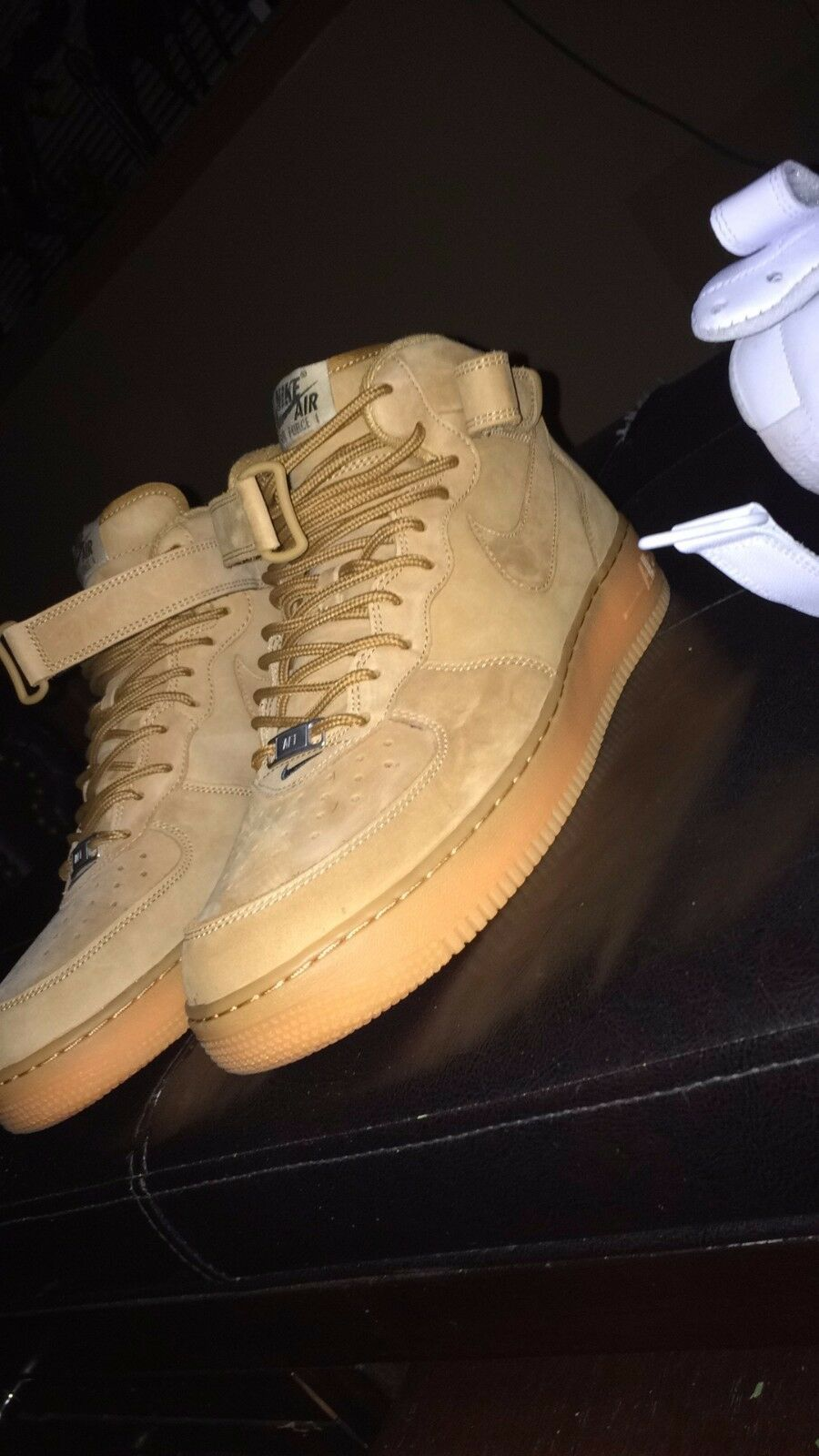 air force 1 mid flax vnds size 11.5