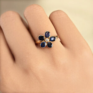 Genuine-2-2-Ct-Blue-Sapphire-Gemstone-Floral-Shaped-18k-Yellow-Gold-Diamond-Ring