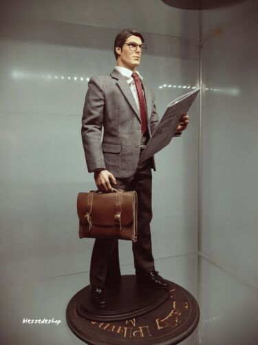 No Action figure Clark Kent Hot Toys 1//6 Scale brown business brief case bag
