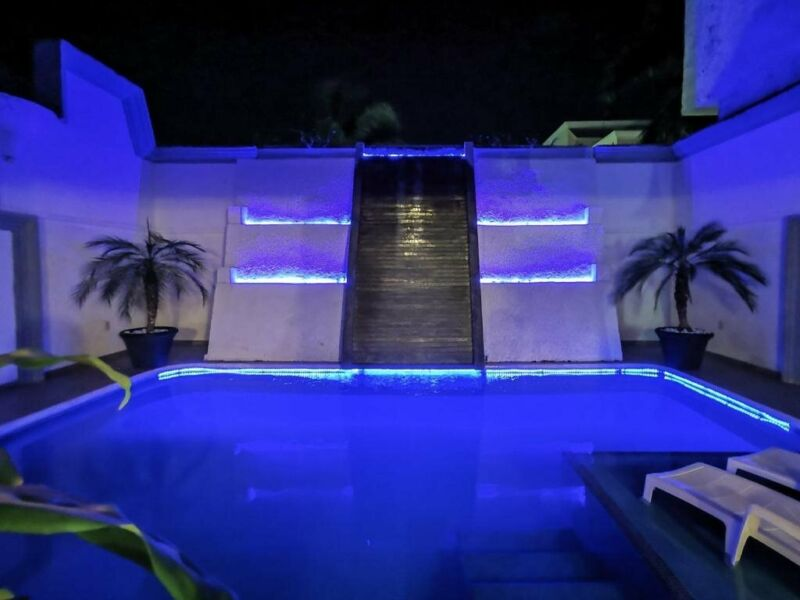 Casa con 6 habitaciones y piscina