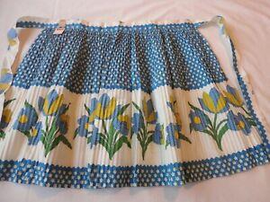 Vintage-1950-039-s-Half-Apron-Blue-Floral-Print-Accordion-Pleated-New-w-Tag