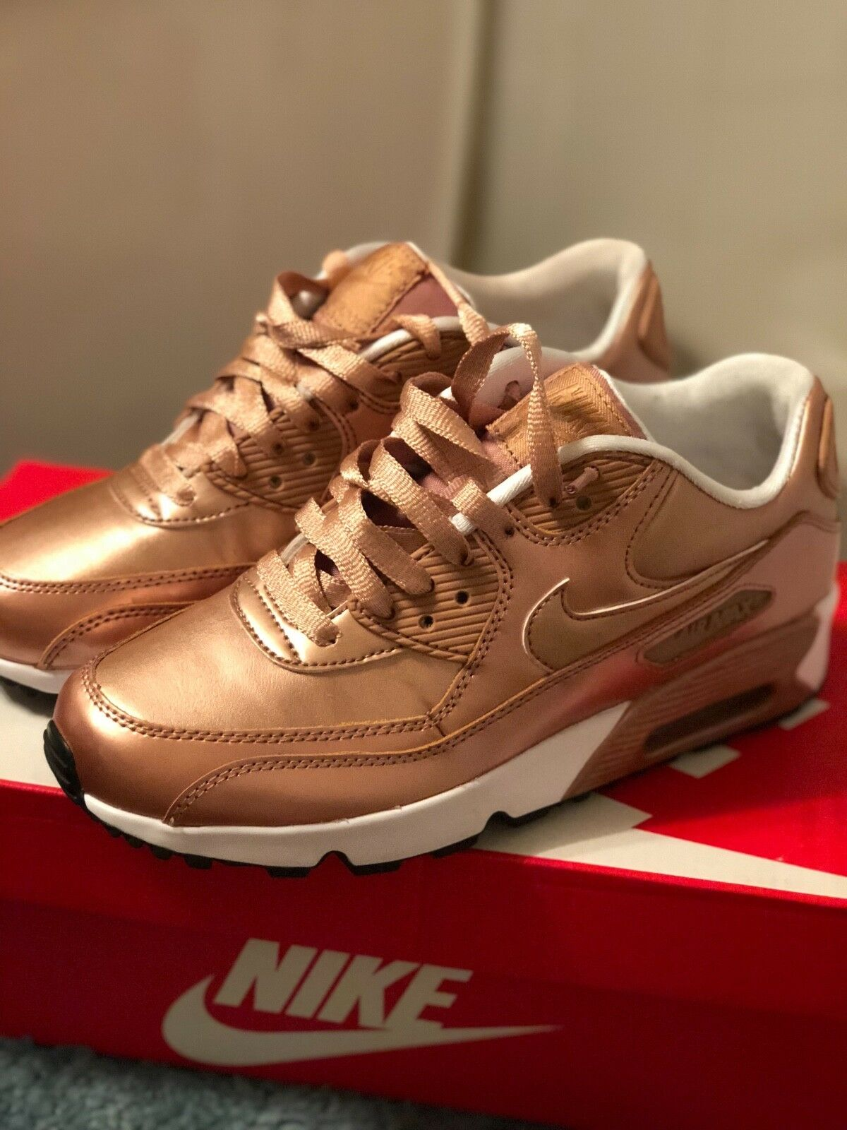 Nike air max 90 youth size 5Y gold