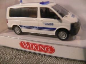 1-87-Wiking-VW-T5-Bus-THW-0693-13