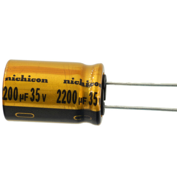 200 NEW UCC LXV35VB221M10X16LL 35 V 220 uF ALUMINIUM ELECTROLYTIC CAP LOT OF
