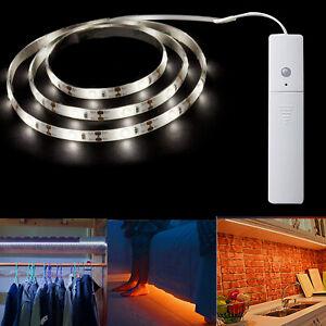 Alimenté Par Batterie Bande DEL Lumières PIR sans fil Détecteur de mouvement armoire placard lampe
