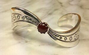 925-Sterling-Silver-Carnelian-Gemstone-Cuff-Bracelet-Fine-Jewelry-Heavy-47-9-Gr
