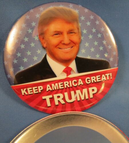 """WHOLESALE LOT OF 21 TRUMP CAMPAIGN BUTTONS 3/"""" KEEP AMERICA GREAT 2020 STARS GOP"""