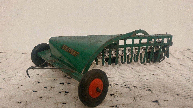 Slik Toys Original Oliver côté livraison râteau à foin ferme Jouet tracteur en œuvre Vintage