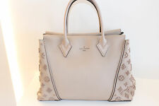 Louis Vuitton W VEAU Cachemire suede and leather LIMITED EDITION Tote