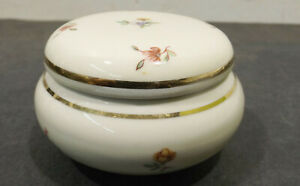 Beautiful-Small-Porcelain-Lid-Box-6969-034-Royal-Bavaria-Germany-034-Handmade