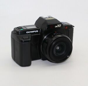 Olympus-OM707-Power-Grip-100-SLR-35mm-Film-Camera-with-24mm-lens-and-box-VGC