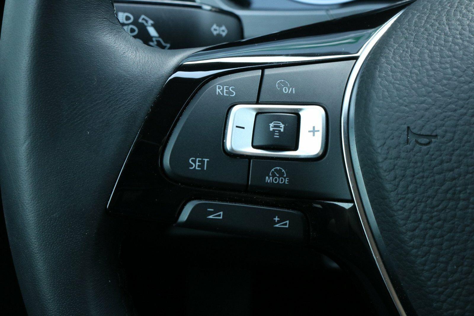 VW Touran TSi 150 Comfortline DSG BMT 7p