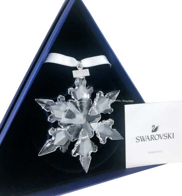 Swarovski 2020 Christmas Snowflake Swarovski Snowflake Crystal Annual Edition Ornament 2020 Display