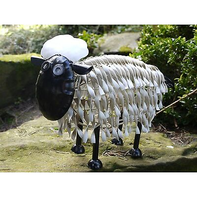 Stunning Hand made Metal sheep Garden / Patio Ornament 4x sizes to choose from .