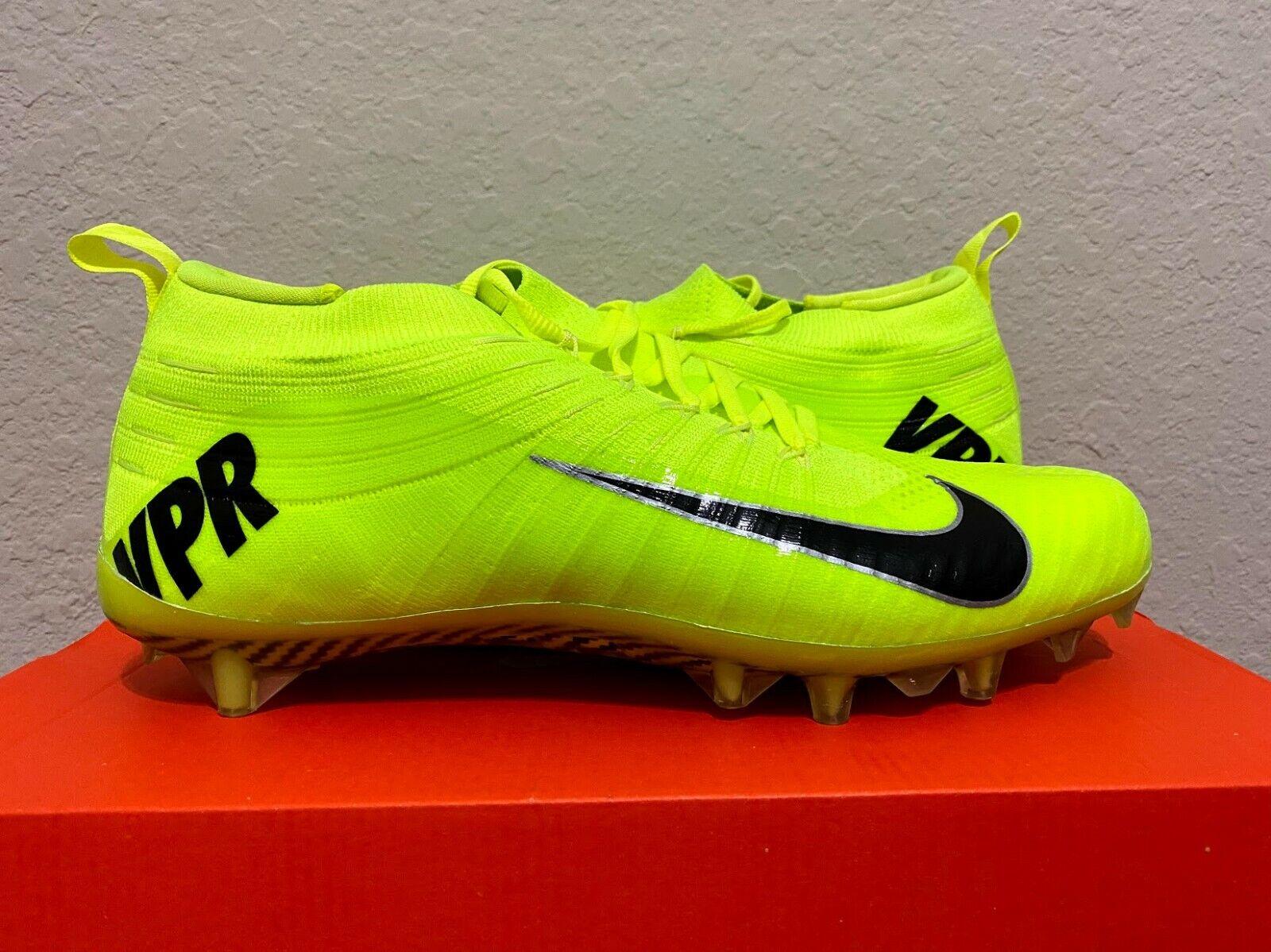 Nike Vapor Ultimate TD Football Cleats
