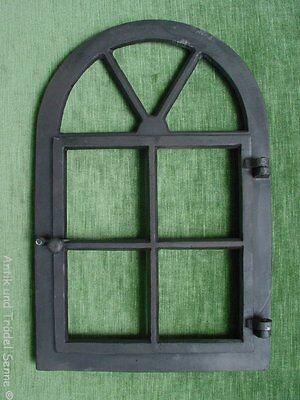 Gussfenster schwarz Stallfenster mit Bogen und Flügel 39x59 Fe1001s