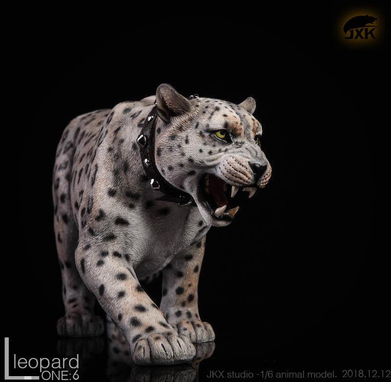 1 6 Scale JXK JxK009B The Leopard Fluoresced Eyes Animal Figure Model Toy