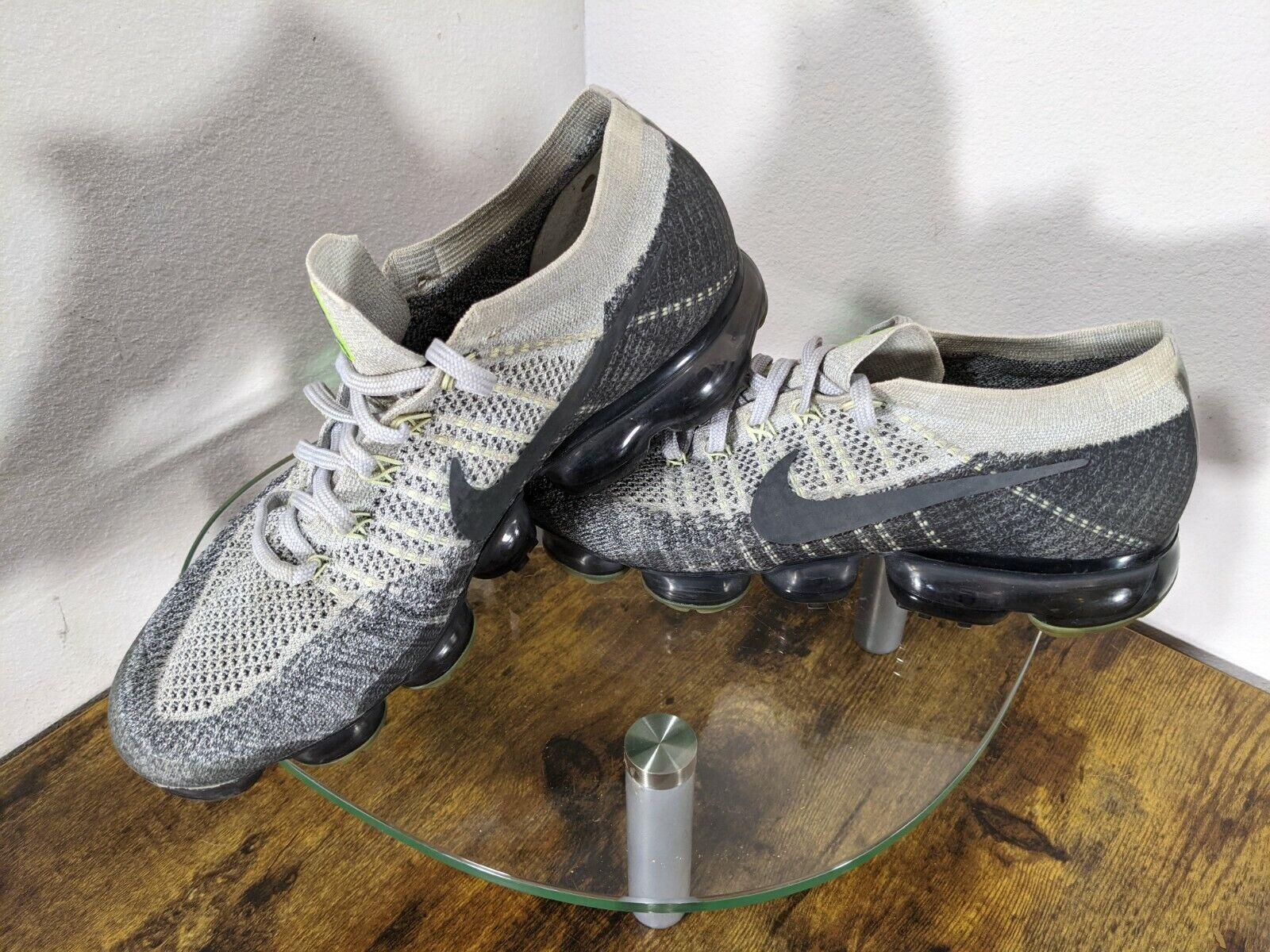 "Nike Air Vapormax Heritage ""Neon"" Mens 10 Gray / … - image 3"