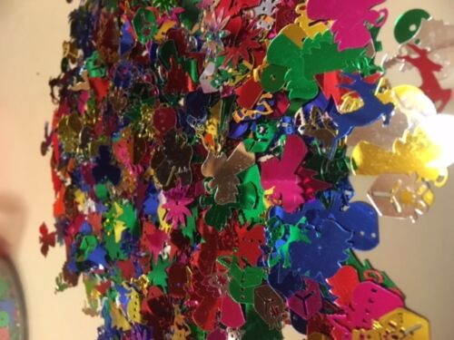 10g  Mixed Shapes /& Colours Christmas Sequins Confetti trees angels boxes etc