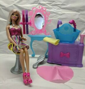 Barbie-Hair-tastic-Color-amp-Wash-Salon-with-working-sink-2011-Mattel