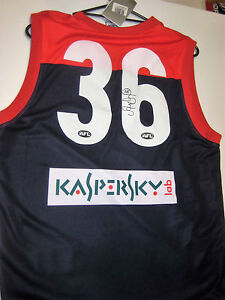 MELBOURNE-AARON-DAVEY-HAND-SIGNED-36-JERSEY-UNFRAMED-PHOTO-PROOF-COA