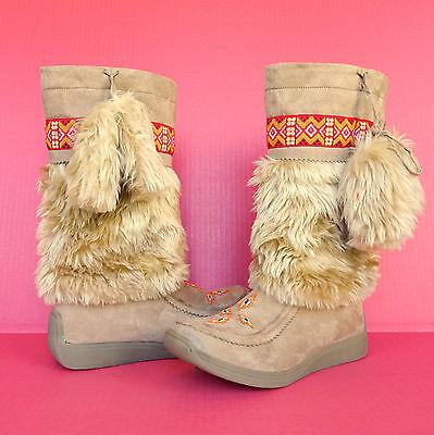 Unionbay Alaskamo Faux Fur Beaded Tall Boots 10 Pom Poms Apres Ski Winter Suede