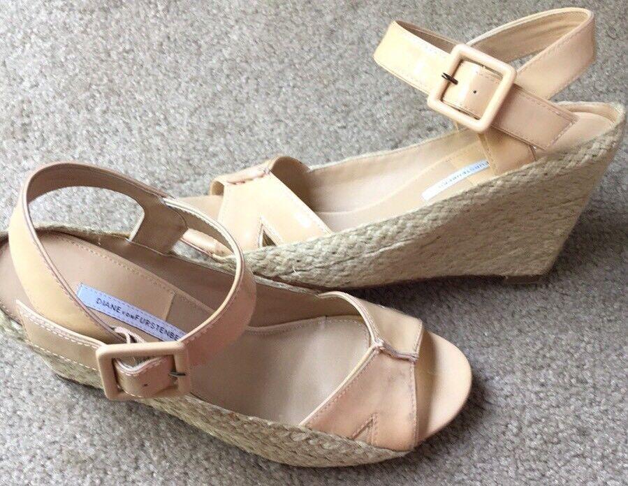 Diane Von Furstenberg DVF Sudan Patent Leather Nude Beige Wedges shoes 10 M
