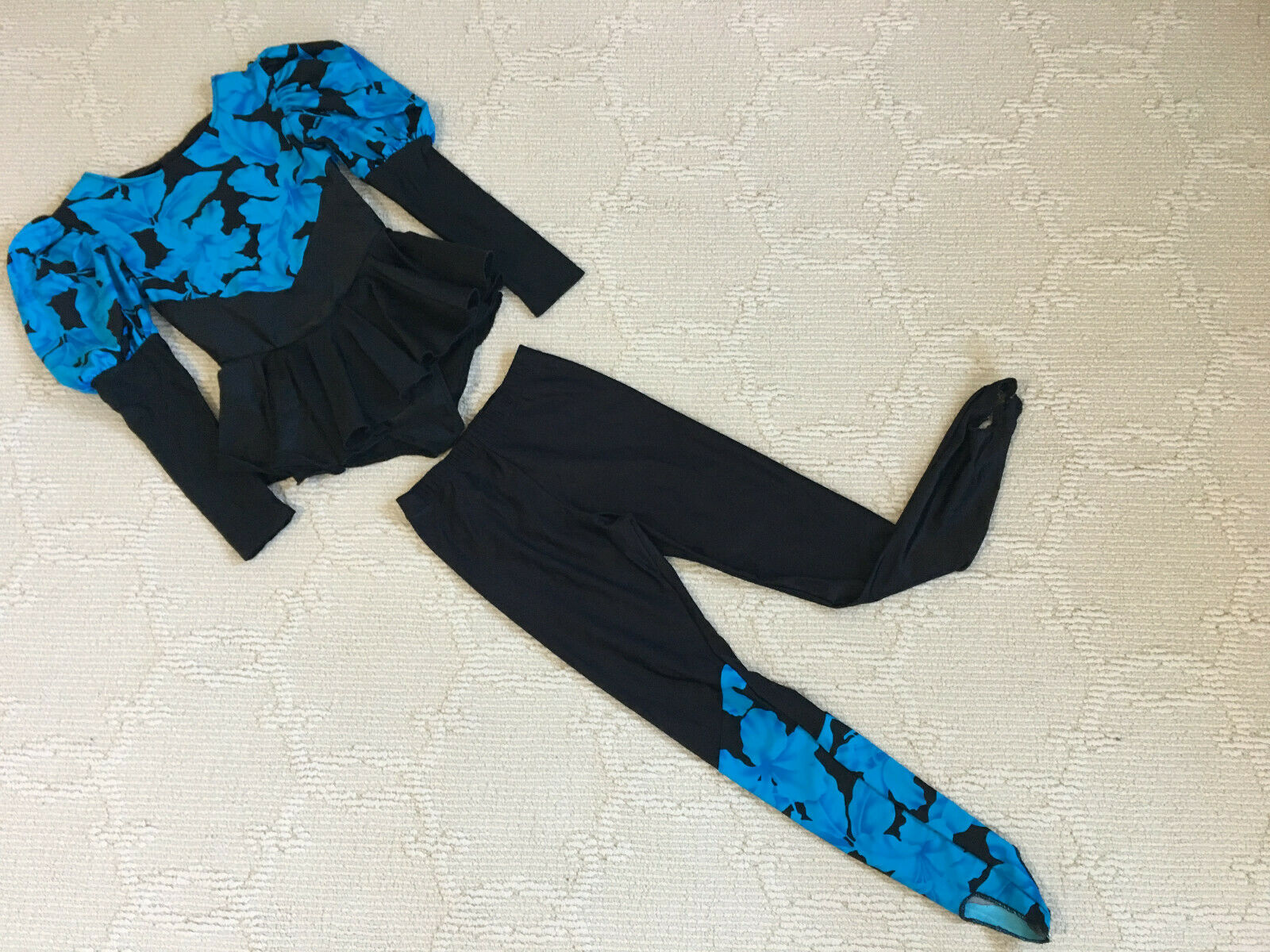 Snowflake Designs Girl Gymnastics Leotard Leggings Set bluee Floral Size  M (8)  convenient