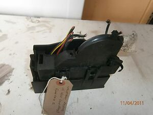 vauxhall astra 1 6 16v w reg fuse box ebay rh ebay ie Fuse Box vs Breaker Box Car Fuse Box