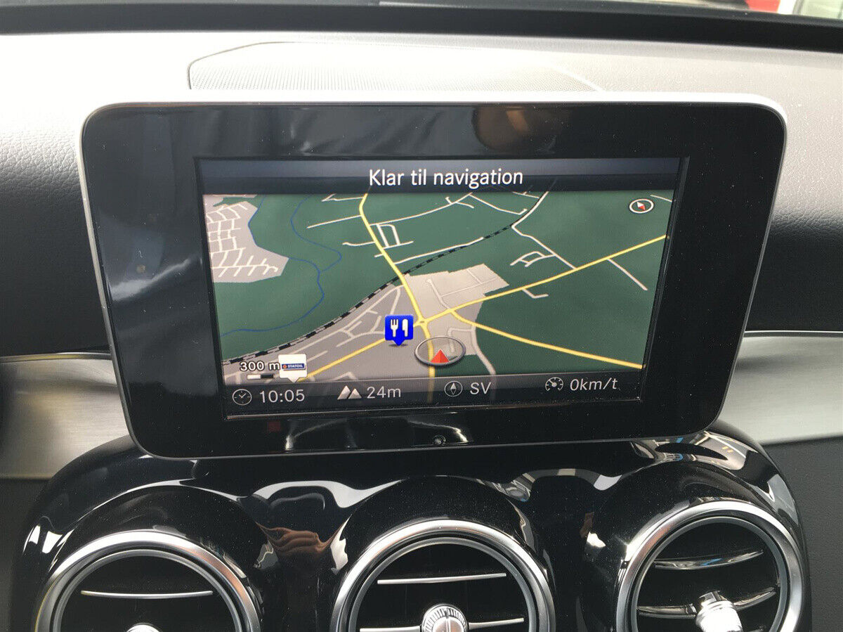 Mercedes C250 2,0 AMG Line stc. aut. - billede 16
