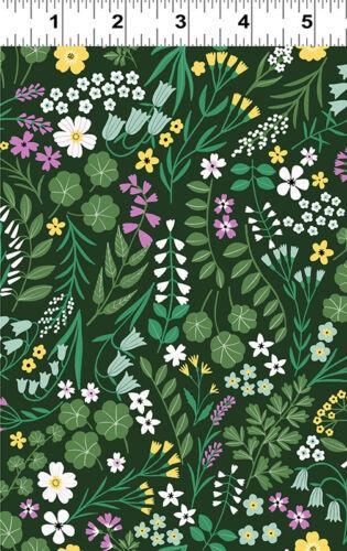 Clothworks WOODLAND WANDER Wild Flowers Dark forest 100/% cotton Fabric FQ//Metre