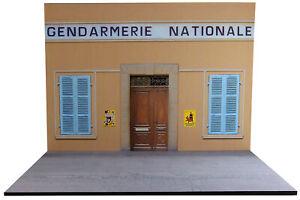 Diorama-Gendarmerie-Nationale-Style-Saint-Tropez-1-18eme-18-2-F-F-034