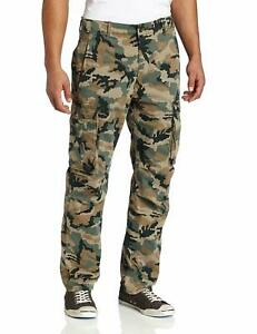 Levis-Cargo-Pants-Relaxed-fit-Cargo-Pants-Color-Green-Camouflage
