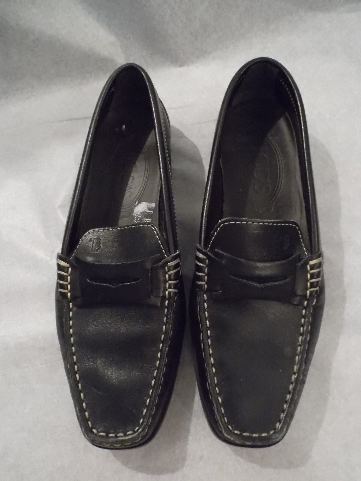 Authentic TOD's schwarz Leder driving shoe, loafer, bump sole, 5, 5.5 runs large