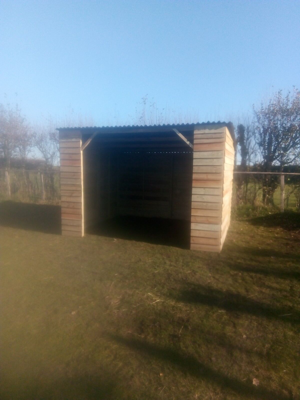 Pony field shelter, Bargain price, extra high, 1only.