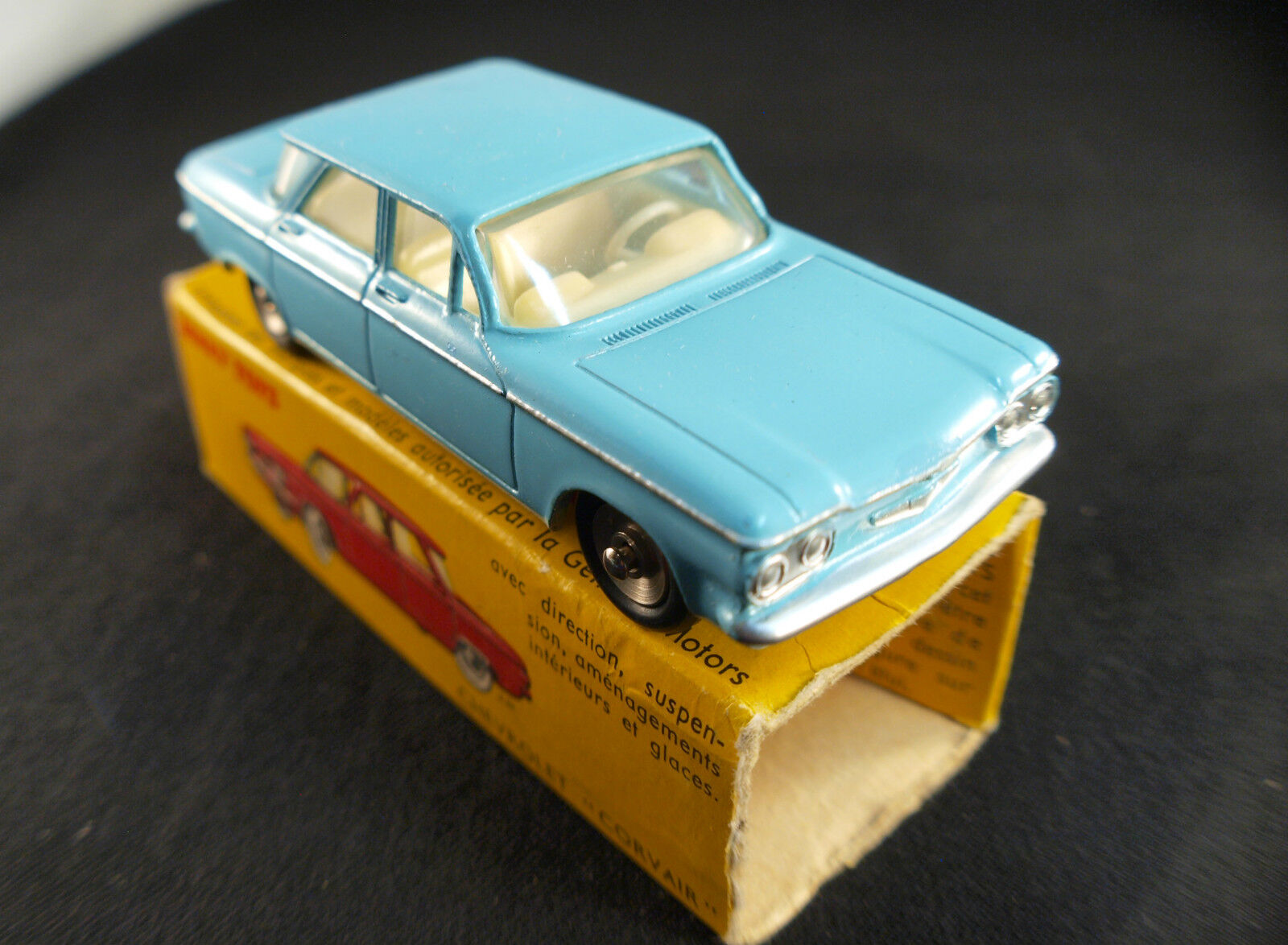 Dinky Toys F 552 Chevrolet Corvair in Scatola