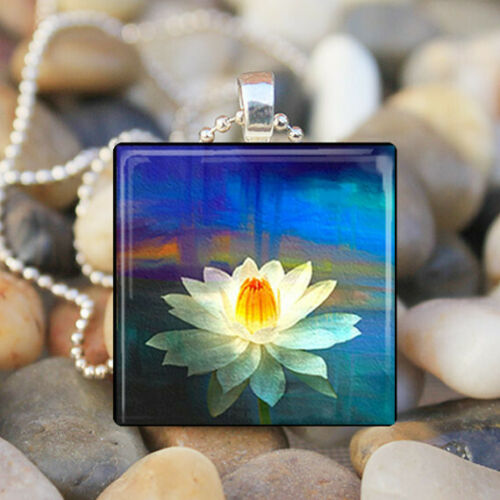 Lily Pad Pond Water Lily Fleur Lilypad Lillies art glass tile Collier Pendentif
