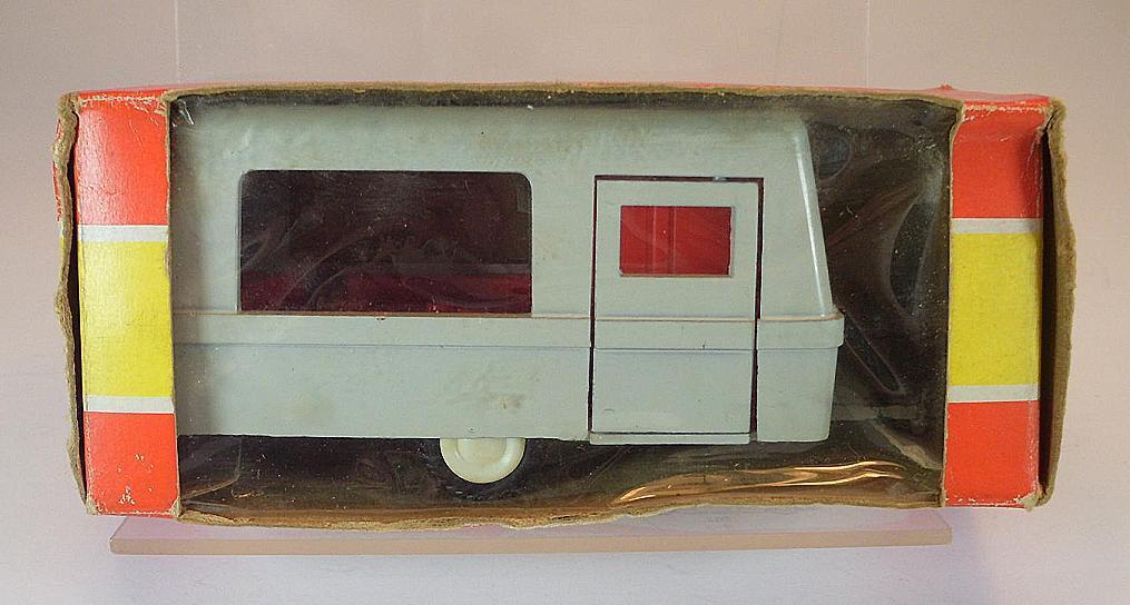 Gama mini - mod.1   46 nr.086 wohnwagen - camper in o-blisterbox   5366