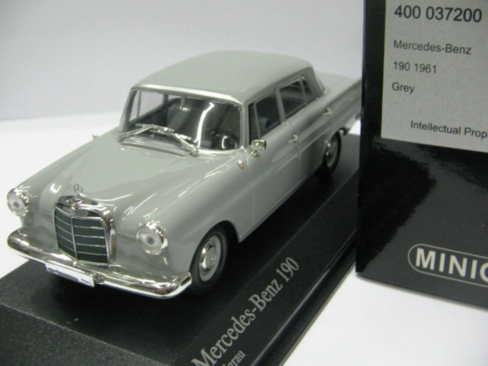 WOW EXTREMELY RARE Mercedes W110 190 1961 Grey 1 43 Minichamps-200,300,450,560