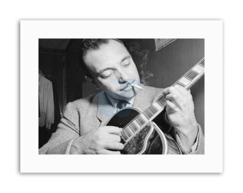 MUSIC LEGEND GUITAR PLAYER DJANGO REINHARDT Vintage Music Canvas art Prints