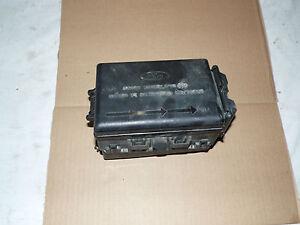 oem 97 03 ford f150 power distribution box assembly w. Black Bedroom Furniture Sets. Home Design Ideas