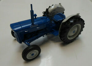 Model-Tractor-FORDSON-SUPER-DEXTA-Diesel-2000-1-16-USA-Version-by-UH