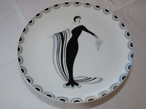 High-Society-Fine-China-Seymour-Mann-Cake-Stand-MCMLXX-Made-in-Japan-RARE