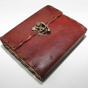 Lederbuch-mit-Buegel-Schloss-Kladde-Notizbuch-Tagebuch-Buch-Leder-13x11cm