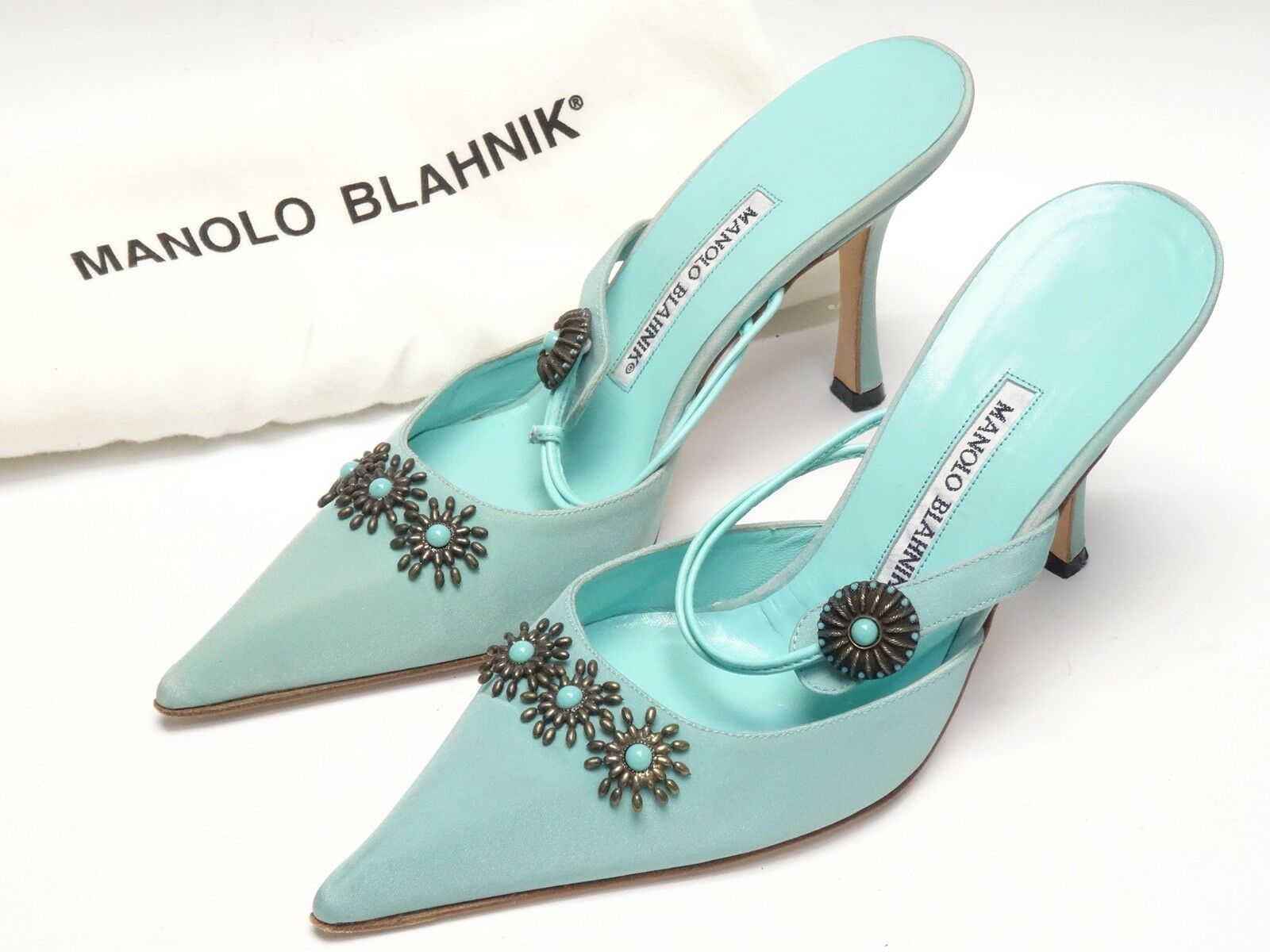 High Fashion Manolo Blahnik Tacones satén de imitación turquesa joyas joyas joyas bomba zapatos talla 38  clásico atemporal