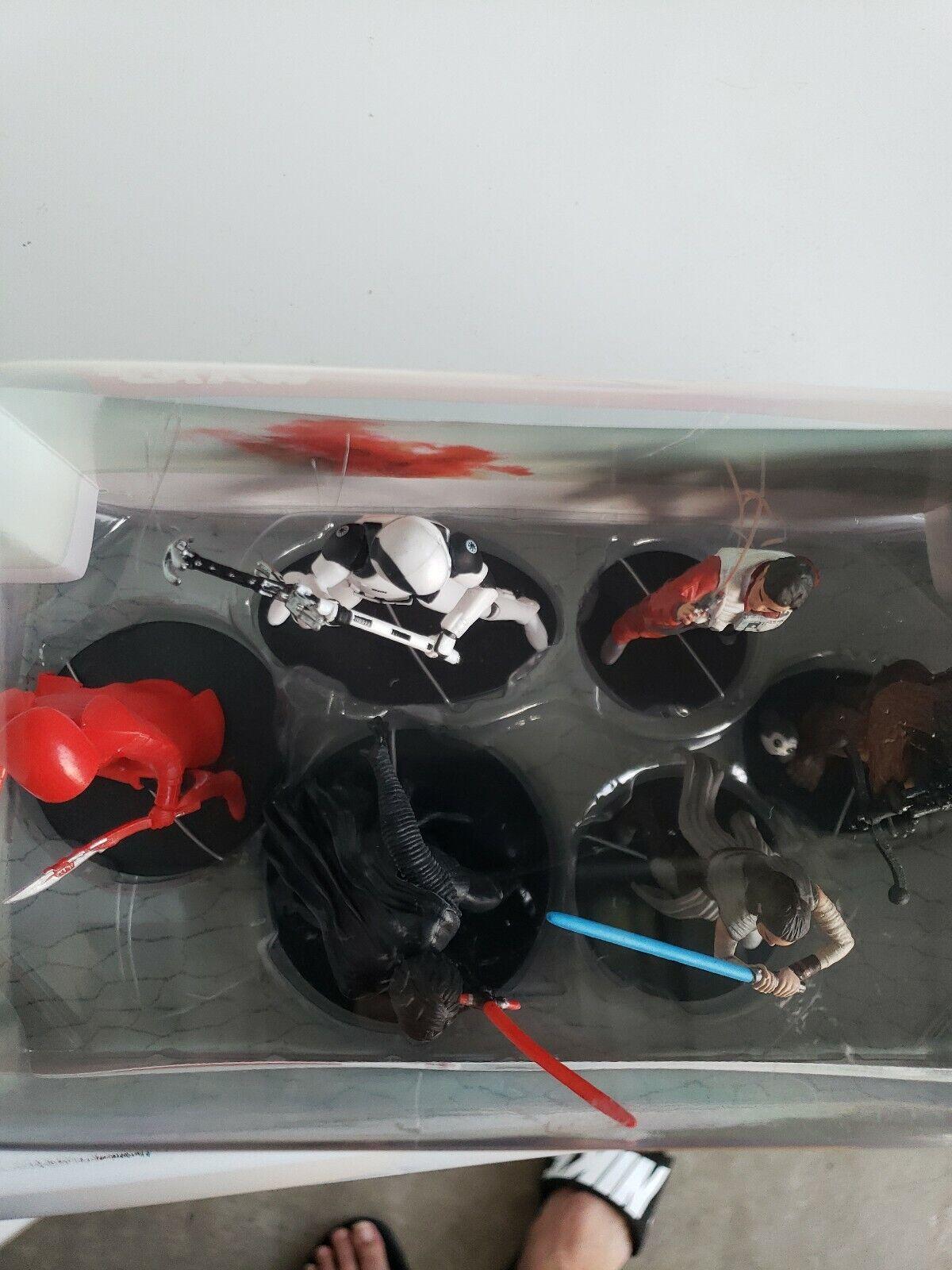 StarWars collection : Star Wars Figurine Set New In Box