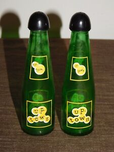 VINTAGE KITCHEN SALT & PEPPER SHAKERS CANADA UP TOWN GLASS BOTTLES