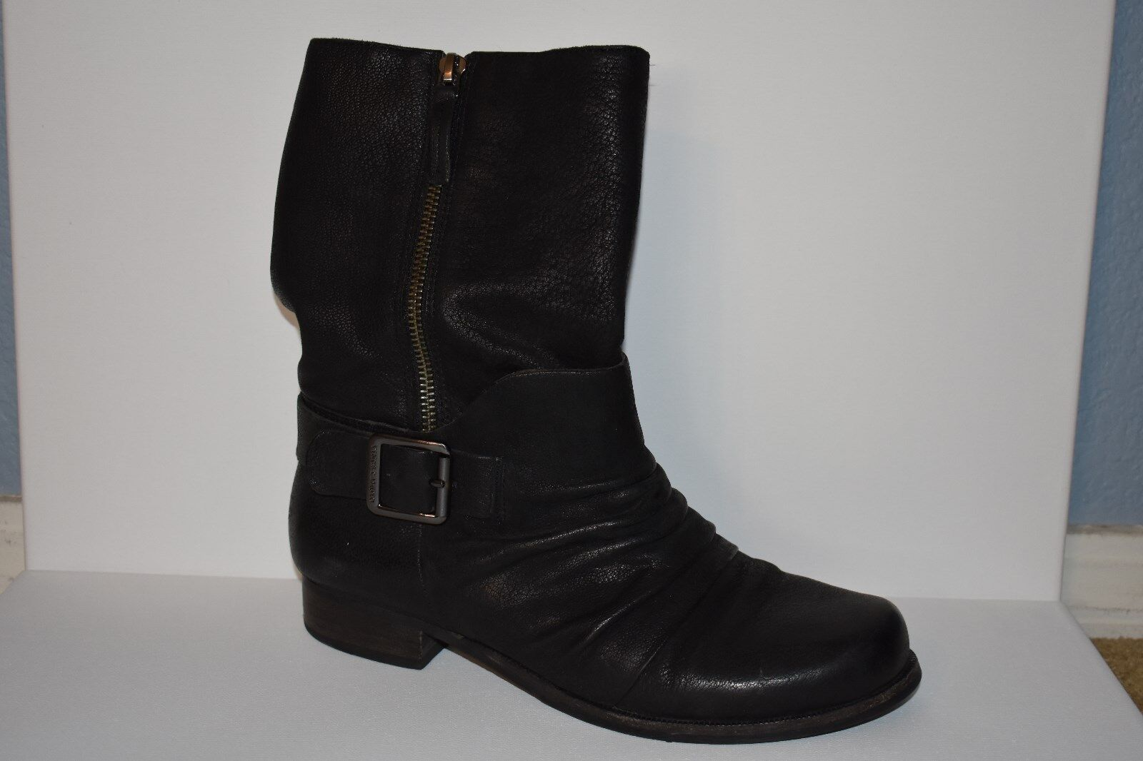 Womens Size 7 Black Boots Vince Camuto