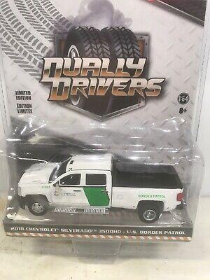 2018 USA-1 Chevy Silverado 3500HD FREE Greenlight 1//64 Dually Drivers Series 2