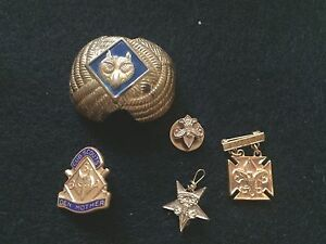 kendall-vintage-boy-scout-pins-tudung-women